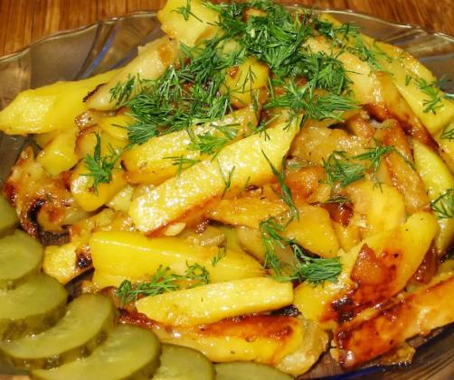 Жаренная картошка с луком