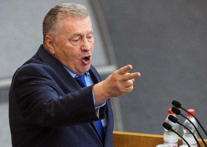 Photo of Жириновский высказался в защиту Натальи Соколовой