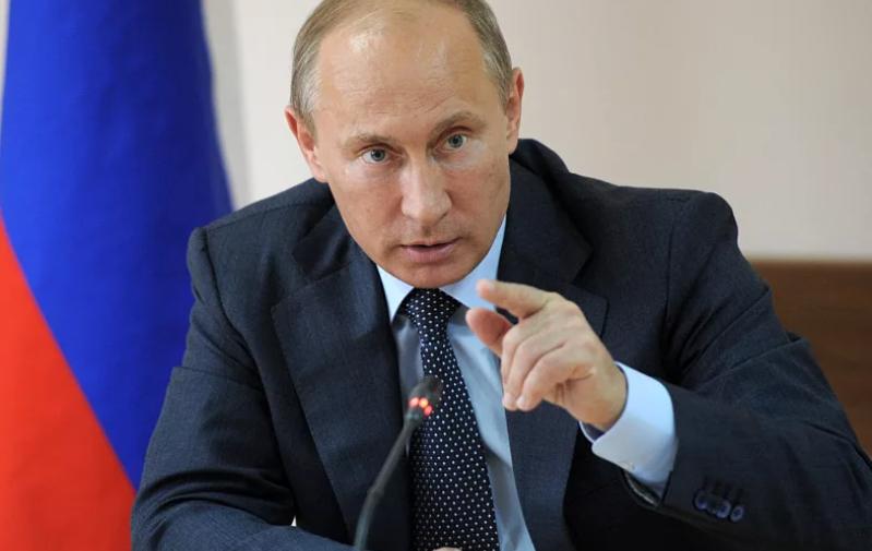 Путин и критика