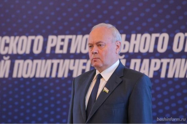 Photo of Константин Толкачев предостерег однопартийцев  от шапкозакидательского настроения