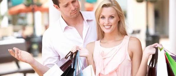 Photo of Как пережить шоппинг с любимой: идеальная инструкция