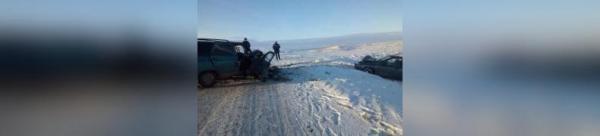 Photo of В Башкирии два отечественных автомобиля столкнулись в лоб, есть погибший