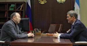Радий Хабиров предложил отпраздновать 85-летний юбилей Муртазы Рахимова, юбиляр отказался