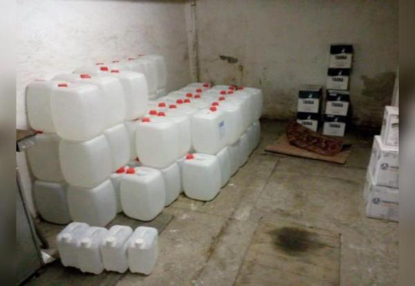 Photo of В Башкирии сотрудники полиции изъяли более 450 литров контрафактного алкоголя