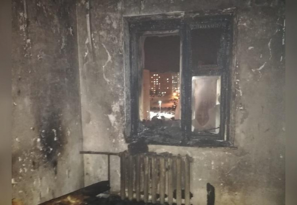 Photo of В Благовещенске пожарные спасли из огня семью с тремя детьми