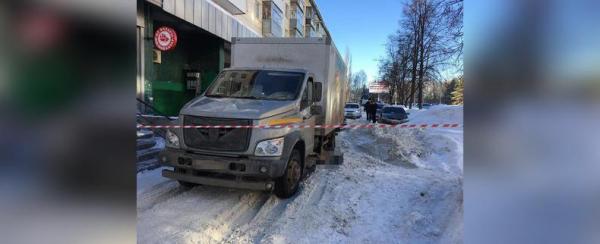 В Уфе грузовик насмерть сбил пешехода0