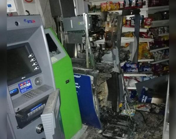 Photo of В Башкирии горе-грабитель взорвал банкомат в магазине