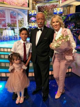 Photo of Жительница Стерлитамака, победившая в «Поле чудес», подарила свой приз детскому дому