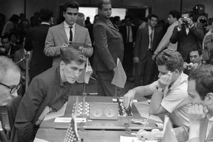 Photo of Советский разведчик объяснил поражение Спасского от Фишера в «матче века»