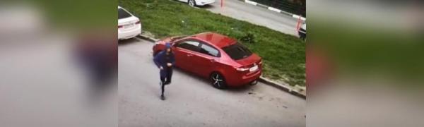 Парень из Стерлитамака запугивал казанских автовладельцев, размещая на их машинах записки с угрозами 0