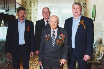 Сотрудники предприятий группы компаний «ТАУ» поздравили ветеранов 0