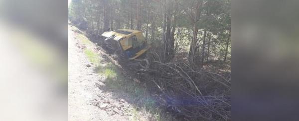 Photo of В Башкирии автобус с пассажирами съехал в кювет и опрокинулся