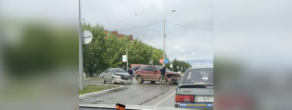 Photo of В Нефтекамске на улице Дорожная произошло ДТП