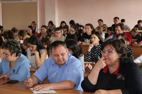 В Стерлитамаке прошел диктант по башкирскому языку4