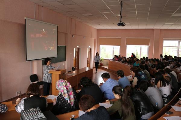 В Стерлитамаке прошел диктант по башкирскому языку1