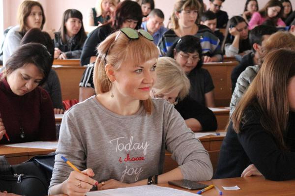 В Стерлитамаке прошел диктант по башкирскому языку2