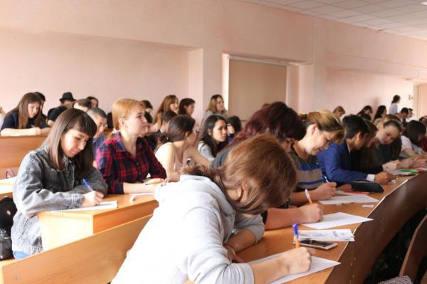 В Стерлитамаке прошел диктант по башкирскому языку6