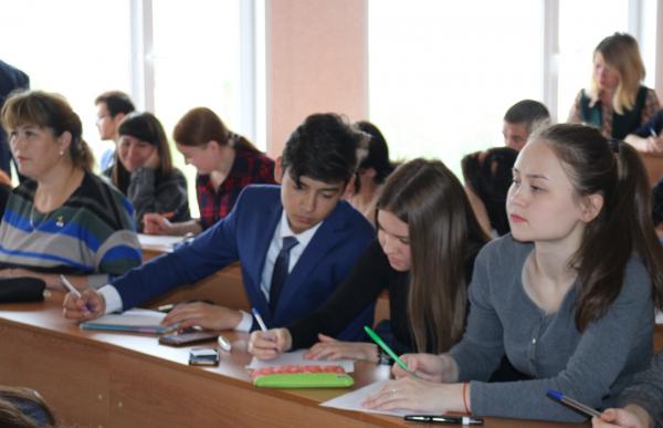 В Стерлитамаке прошел диктант по башкирскому языку3