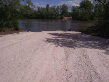 В Стерлитамаке установили понтонный мост через реку Белую0