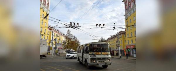 Власти Уфы проехались по самым аварийным улицам города0