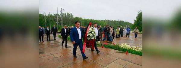 Радий Хабиров почтил память погибших в Улу-Телякской катастрофе0