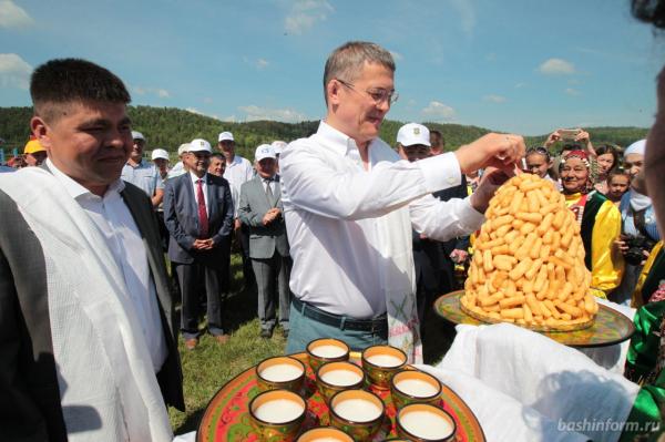 Радий Хабиров поздравил жителей Бурзянского района с праздником сабантуя1