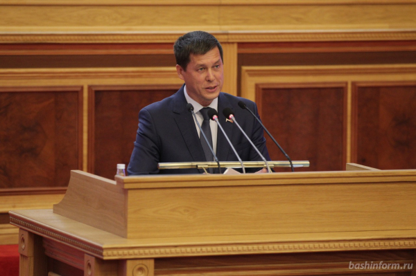 Радий Хабиров выдвинут «Единой Россией» на пост главы Башкирии5