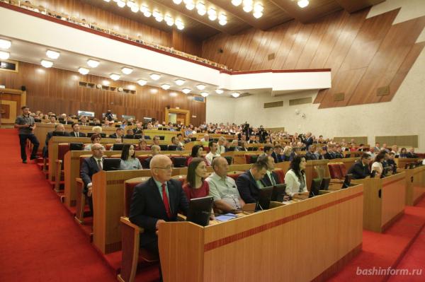 Радий Хабиров выдвинут «Единой Россией» на пост главы Башкирии1