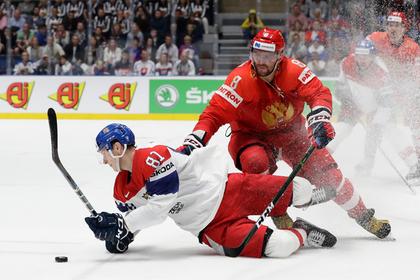 Реакцию российских хоккеистов на критику связали с переездом в США0