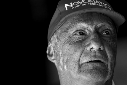 Трехкратный чемпион «Формулы-1» Лауда умер: Авто: Спорт: Lenta.ru0