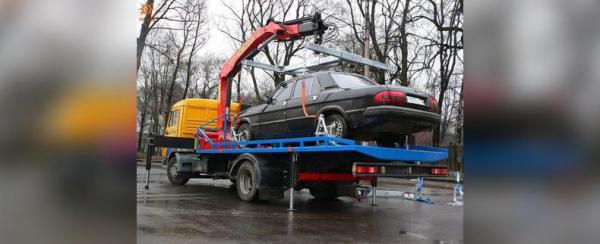 В Башкирии мужчина лишился автомобиля прямо на дороге из-за долгов супруги0