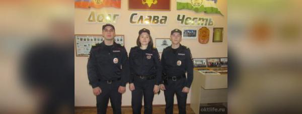 Photo of Октябрьские полицейские помогли горожанам выбраться из огня — новости Октябрьский