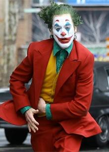Photo of «Джокеру» предсказали победу над «Хэллоуином»