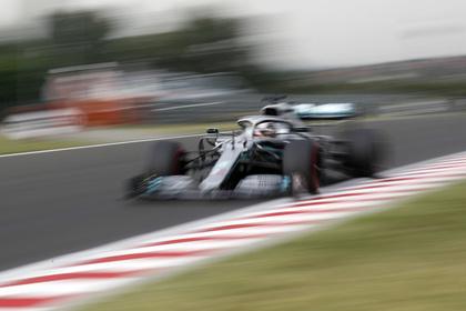 Photo of Описано состояние пережившего аварию на страшной скорости гонщика