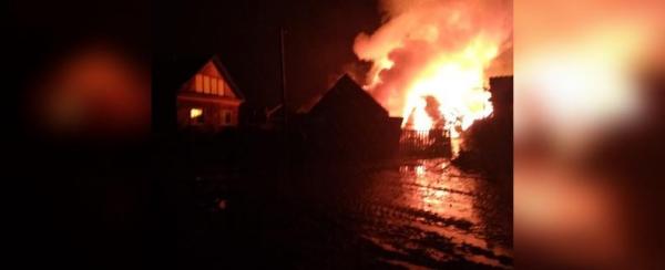 Photo of Под завалами сгоревшего дома нашли фрагменты человеческого тела