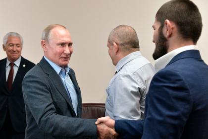 Photo of Путин встретился с Нурмагомедовым и оценил удушение Порье