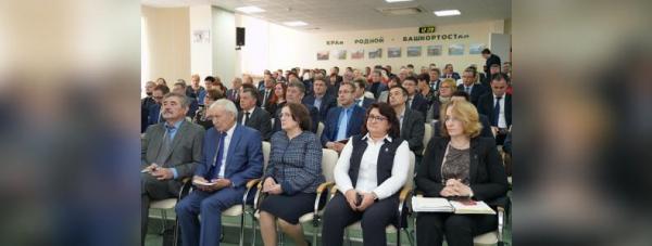 Радий Хабиров провёл выездной «Здравчас» в уфимской горбольнице № 1313