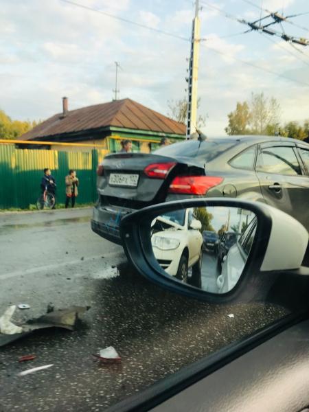 В Стерлитамаке на улице 7 Ноября произошло массовое ДТП2