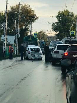 В Стерлитамаке на улице 7 Ноября произошло массовое ДТП0