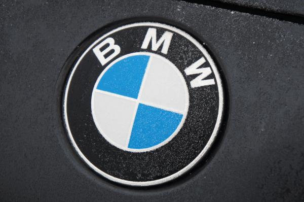 BMW возглавил рейтинг ненадежности0