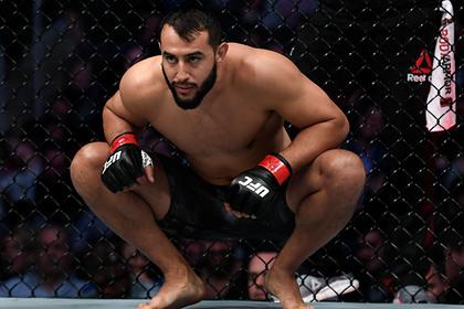 Photo of Непобежденный американец бросил вызов лучшему бойцу UFC