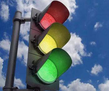 В Стерлитамаке на одном из светофоров испытываются схемы организации дорожного движения0
