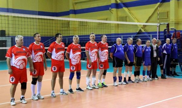 В Стерлитамаке прошел турнир по волейболу среди команд ветеранов юга Башкирии1