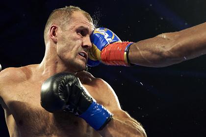 Боксеру Ковалеву предрекли уничтожение в бою с чемпионом мира Альваресом0