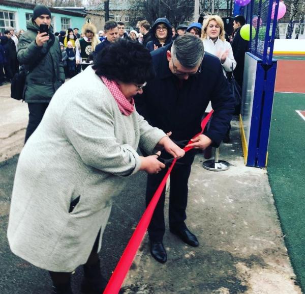 В Стерлитамаке открыли новую многофункциональную спортивную площадку2