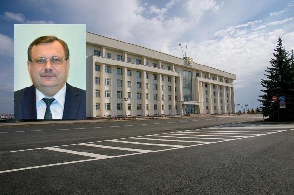 Председателем Госкомитета Башкирии по делам юстиции назначен Владимир Спеле0