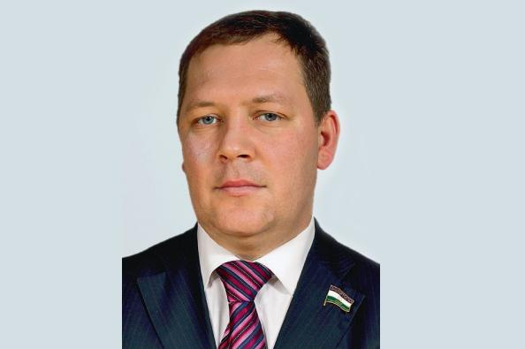 Photo of Новым депутатом Госсобрания Башкирии стал представитель КПРФ Сергей Колесников