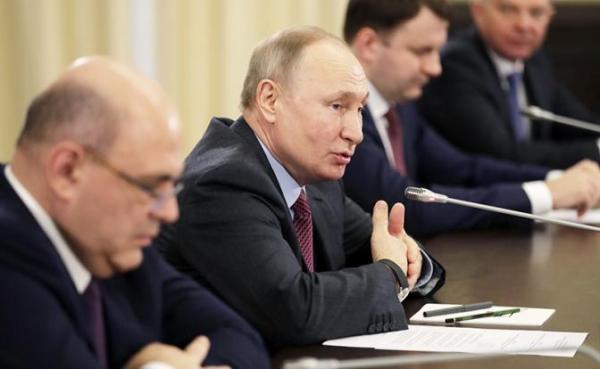 Photo of Пенсионная реформа: Путин посоветовал Чубайсу пристроить деньги, куда надо
