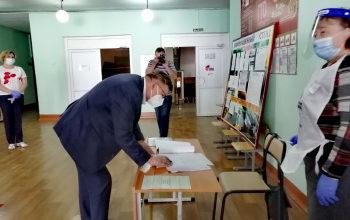 Photo of Мэр Стерлитамака рассказал, как проголосовал по поправкам в Конституцию РФ
